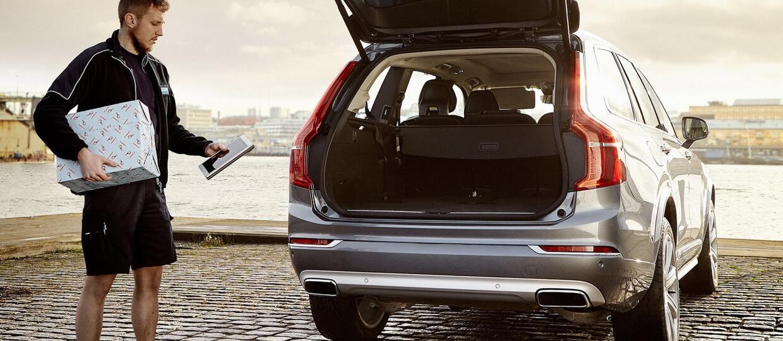 Usługa Volvo – paczkomat w postaci samochodu