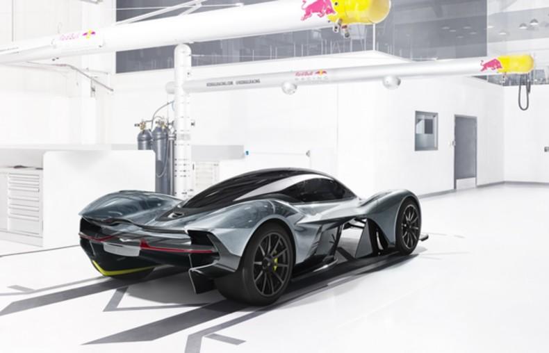 Aston Martin (9)