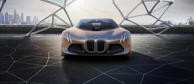 BMW świętuje 100-lecie modelem Vision Next 100