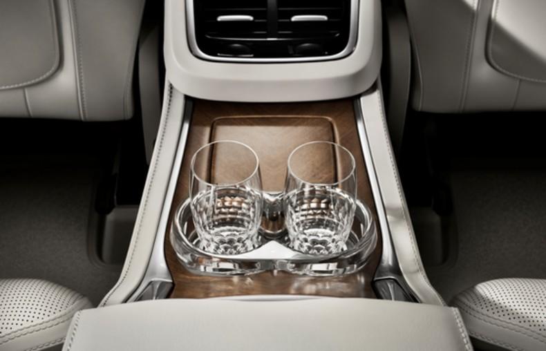 Volvo XC90 Excellence (6)