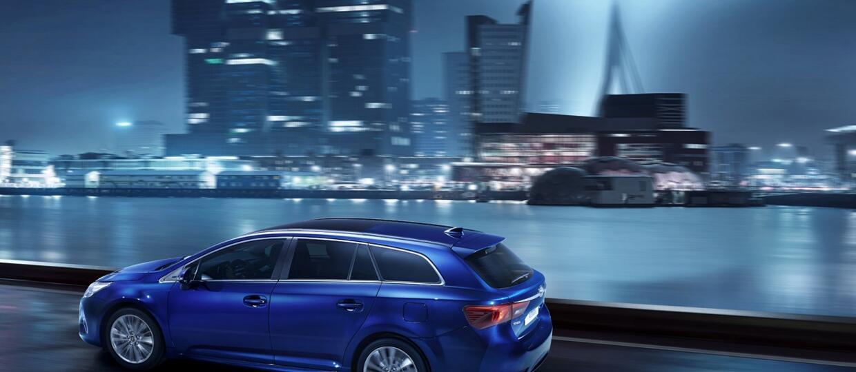 Ile są warte najdroższe marki samochodowe?