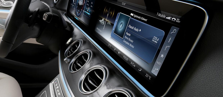 Klienci wolą multimedia od systemów bezpieczeństwa
