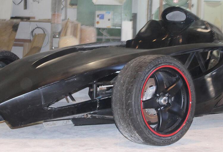 valene-motors-black-mamba (1)