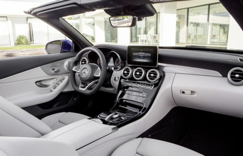 Mercedes klasy C (11)