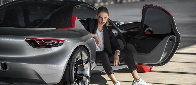Nowy Opel GT zaprezentowany w pełnej krasie