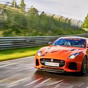 Przejedź się Jaguarem F-Type SVR na Nuburgringu