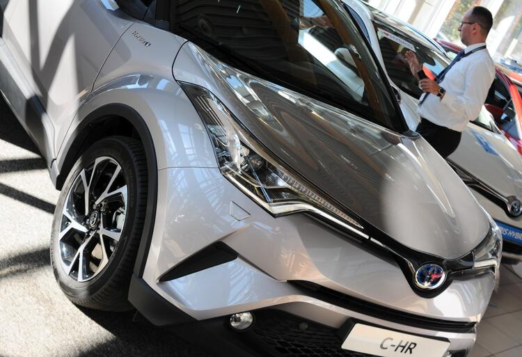 Toyota (3)