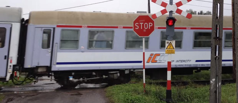 Tysiące przejazdów kolejowych zostanie zamkniętych na kłódkę
