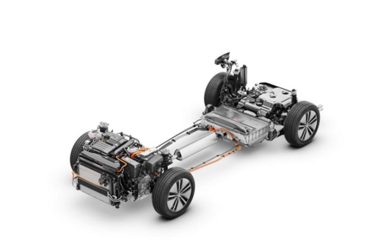 VW Passat GTE (20)