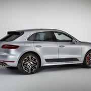 Wyczynowy pakiet w Porsche Macanie Turbo
