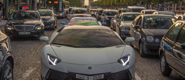 10 miast z restrykcjami dla kierowców