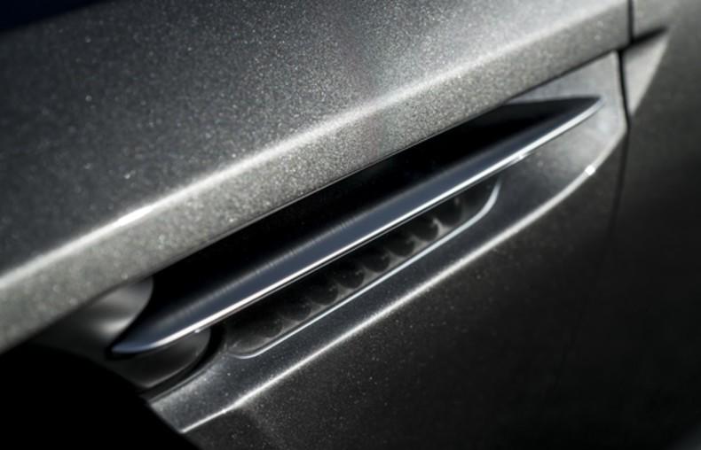 Aston Martin DB11 (33)