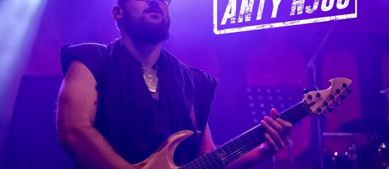 Grzegorz Skawiński zaczął grać w tunezyjskim zespole metalowym