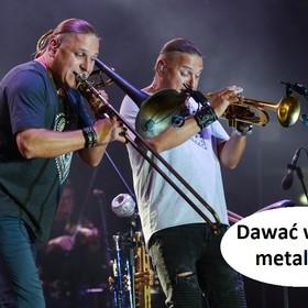 """A gdyby Golec uOrkiestra grała metal? Tak brzmi """"Ściernisco"""" w cięższej wersji"""