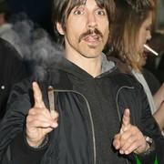 Anthony Kiedis: Każdy nastolatek powinien spróbować marihuany