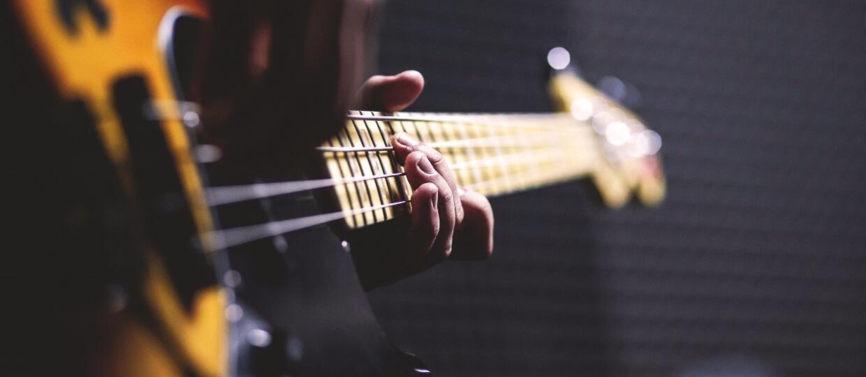 Badania potwierdziły, że basista to najważniejszy muzyk w zespole
