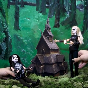 Blackmetalowa Barbie