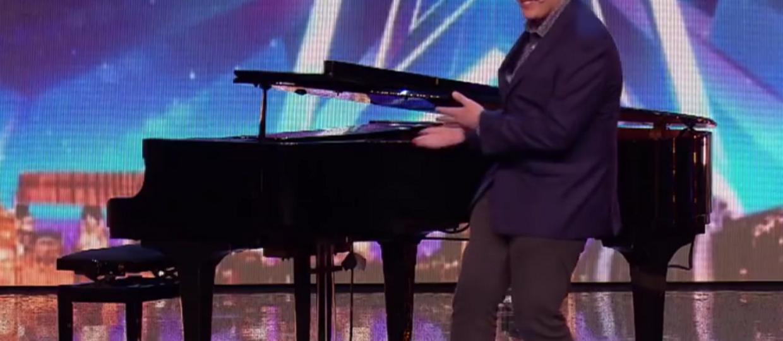 """""""Człowiek-orkiestra"""" zadziwił wykonaniem utworu Queen w talent show"""