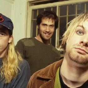Czy Nirvana powinna wybrać się w trasę
