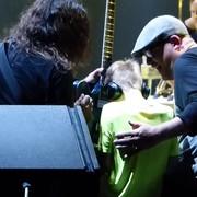 Dave Grohl zaprosił na scenę niewidomego 10-latka