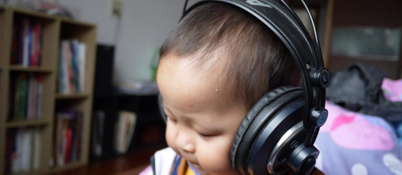 DJ w szoku. Na zdjęciu USG jego córka miała słuchawki na uszach