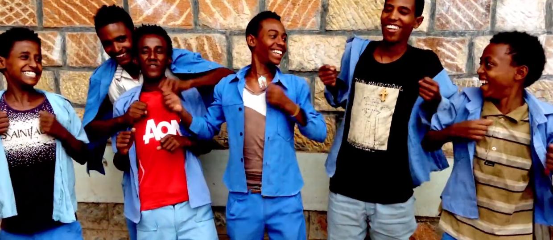 Dzieci z Etiopii zaśpiewały utwór Nirvany