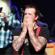 Fan odgryzł ucho mężczyźnie na koncercie Eagles of Death Metal