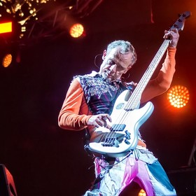 Flea z Red Hot Chili Peppers