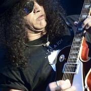 Gitara Slasha pójdzie pod młotek