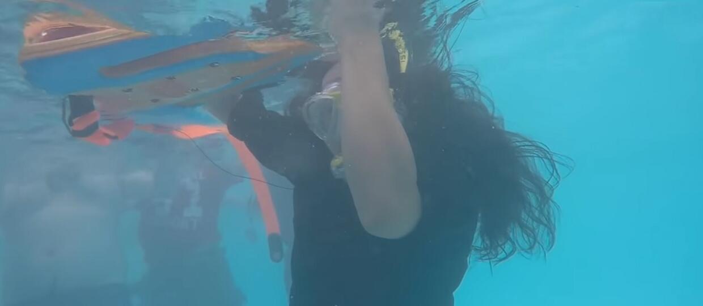 Gitarzysta Dragonforce zagrał solówkę będąc pod wodą
