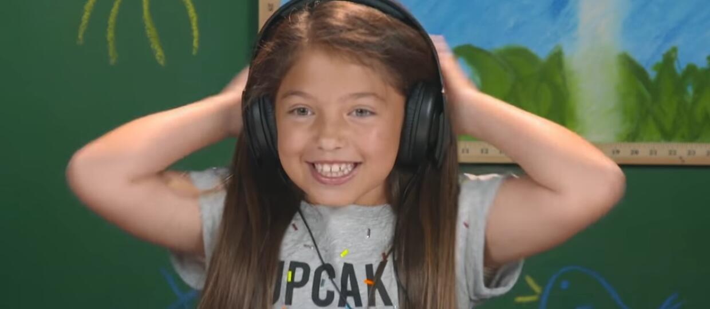 Jak dzieciaki reagują na muzykę AC/DC?