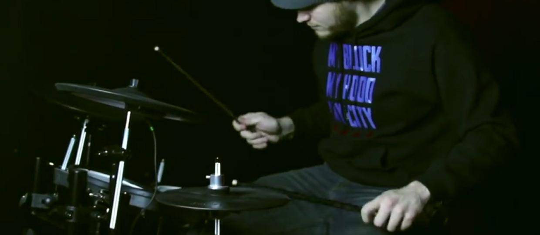 Jak zagrać blasty, które brzmią jak pianino?