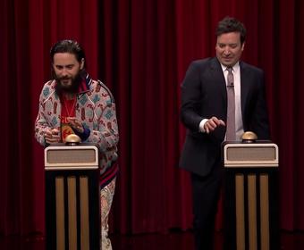 Jared Leto zgadywał jaka to melodia w programie Jimmy'ego Fallona
