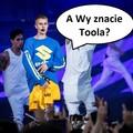 Judstin Bieber lubi Toola