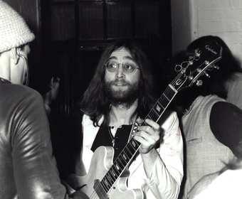 Kołtun Johna Lennona sprzedany za 35 tysięcy dolarów