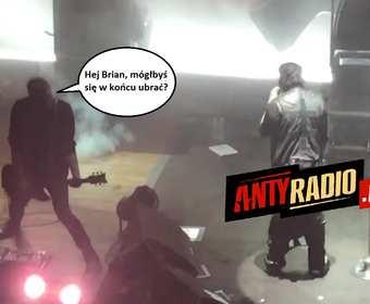 Marilyn Manson zaśpiewał ze zsuniętymi spodniami