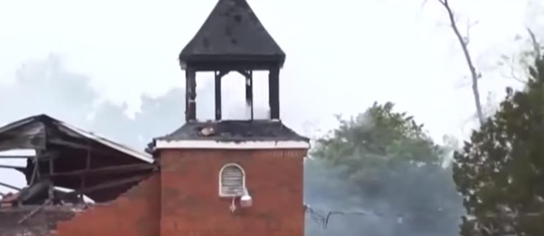 Podpalenie kościołów