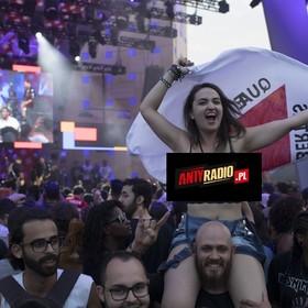 Mężczyzna złapał kobietę za nagie piersi na festiwalu muzycznym. Dostał nauczkę, która mocno bolała