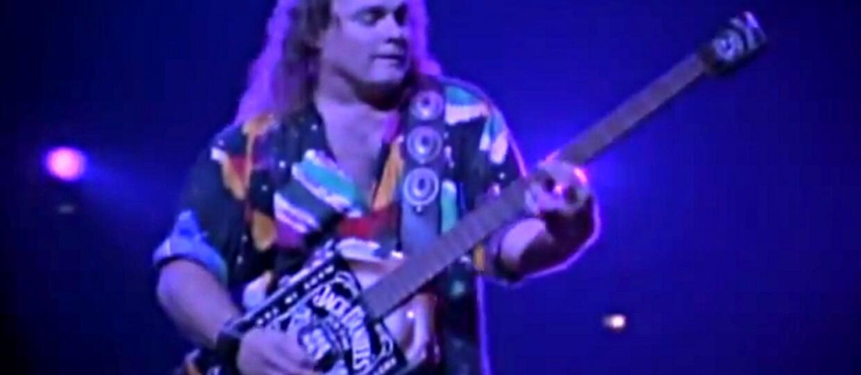 Minibas muzyka Van Halen w kształcie Jacka Daniel'sa