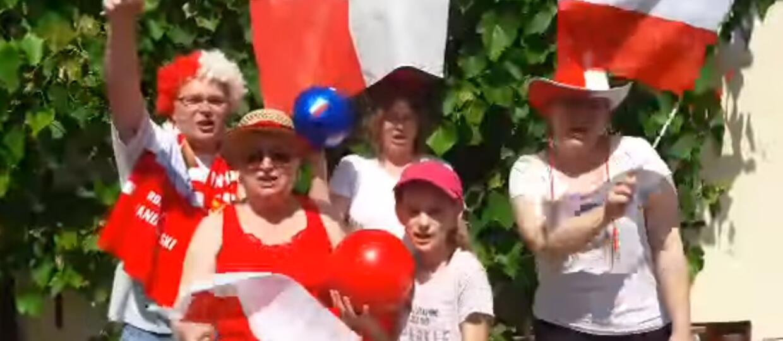 """Polska rodzina nagrała na melodię """"Y.M.C.A."""" piosenkę na mistrzostwa świata w Rosji"""