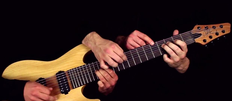 """""""One"""" Metalliki zagrany na jednej gitarze przez pięć rąk"""