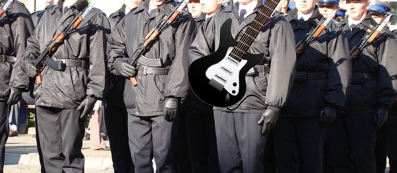 Polscy policjanci odzyskali gitary warte 20 000 zł