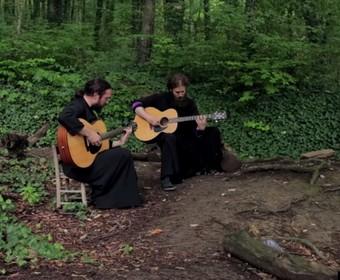 Prawosławni mnisi zagrali cover utworu Iron Maiden