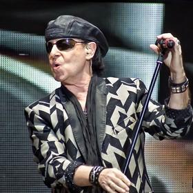 """Puścili """"Rock You Like A Hurricane"""" Scorpions, w tym czasie szalał huragan"""
