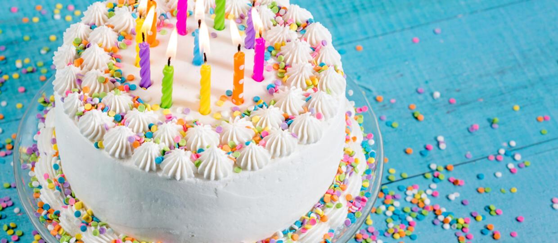 Rockowy zespół wysłał fance tort urodzinowy