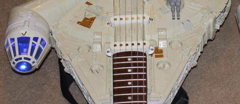 Sokół Millennium stał się gitarą!