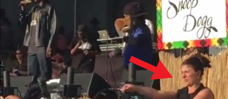 Tłumaczka języka migowego ukradła show Snoop Dogga