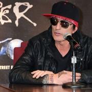 Tommy Lee z Mötley Crüe został pobity przez syna. 21-latek uciekł przed policją