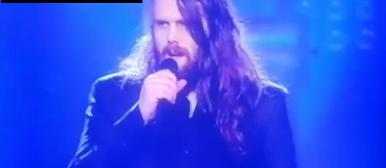 """Uczestnik talent show wygrowlował """"Hurt"""" Nine Inch Nails"""