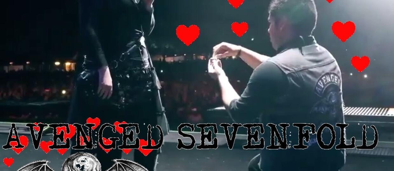 Zaręczyny na scenie podczas koncertu Avenged Sevenfold
